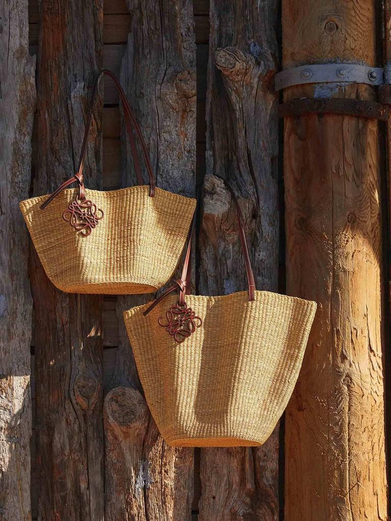 Artisanal baskets: Craft, the essence of LOEWE