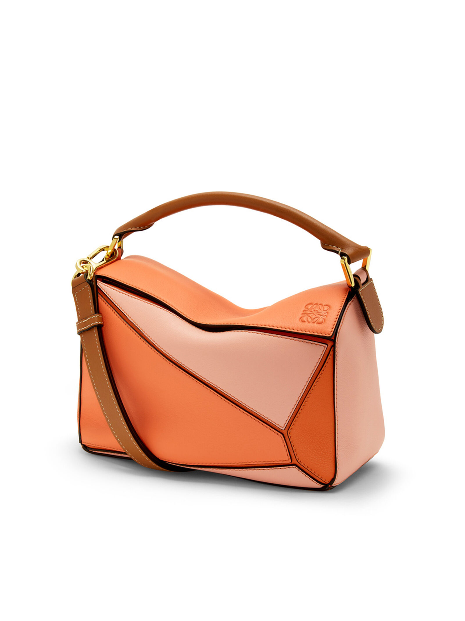 LOEWE official website – luxury clothes and accessories 84dad2ee20