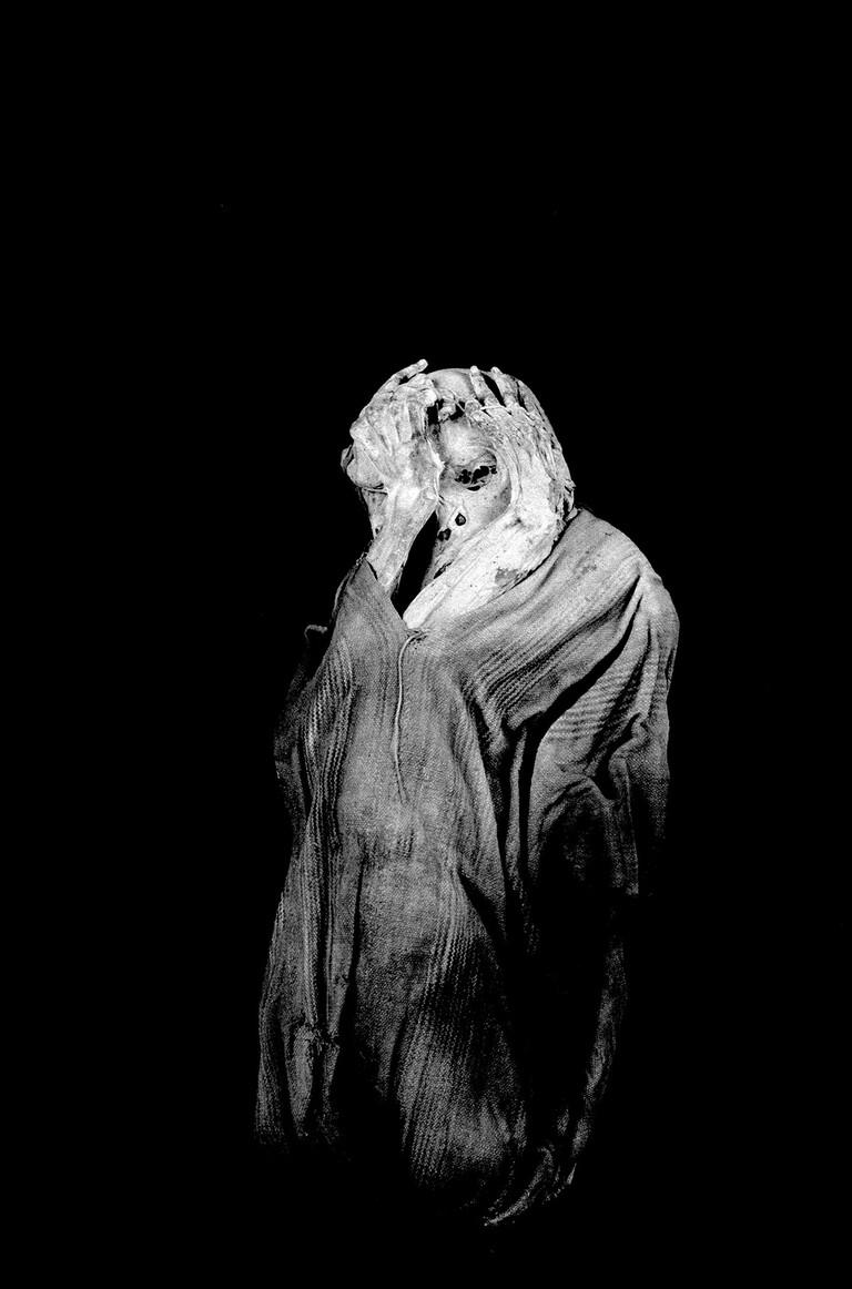 "Jan Mudler's Collection - Lorry Salcedo (Perú) ""ASHAMED MAN"" de la serie mommys 2004"