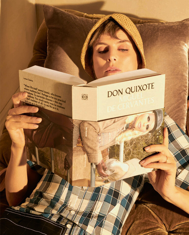 Stella Tennant reading Don Quixote