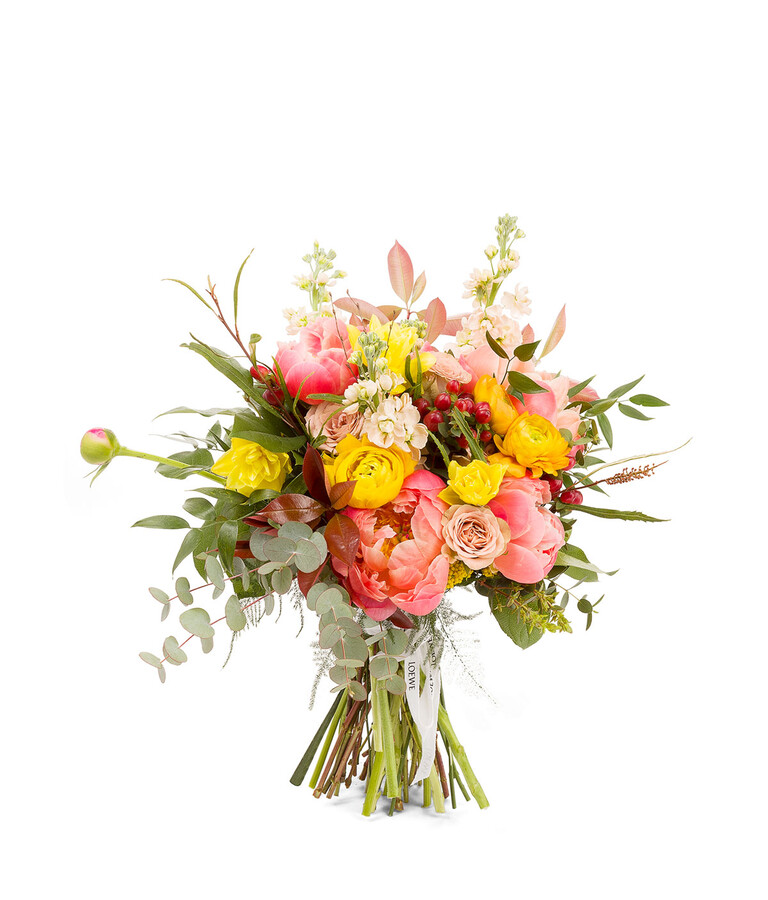 Loewe Flores Special Bouquets Created For Special Occasions