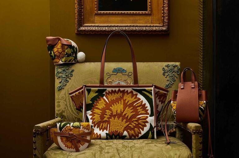 William De Morgan bags