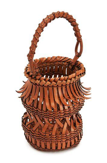 LOEWE Bucket Fringes 棕色 front