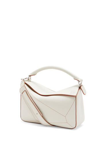 LOEWE Puzzle Soft bag in nappa calfskin Soft White pdp_rd