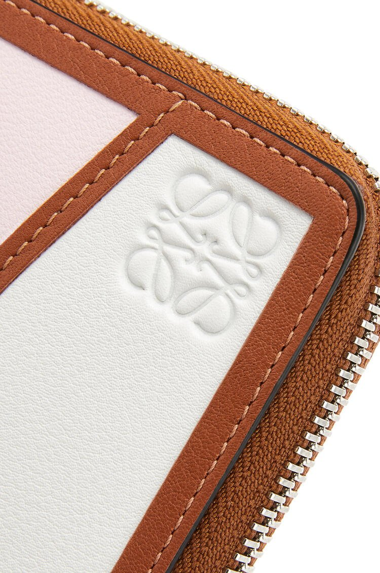 LOEWE Puzzle square zip wallet in classic calfskin Icy Pink/Soft White pdp_rd