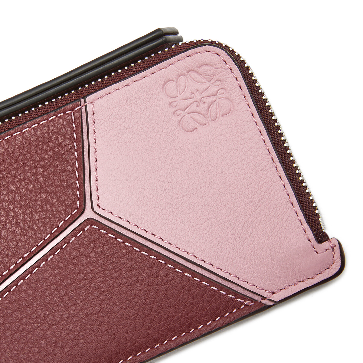 LOEWE Puzzle Coin Cardholder Wine/Pastel Pink front