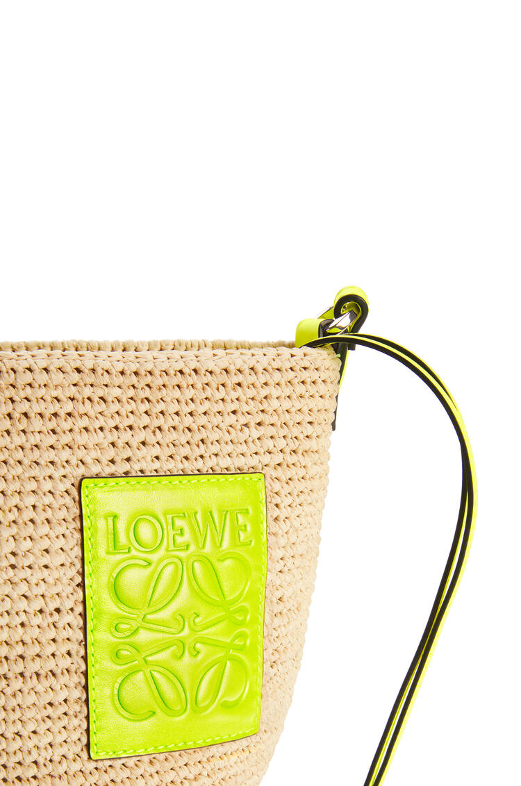 LOEWE Pochette bag in raffia and calfskin Natural/Neon Yellow pdp_rd