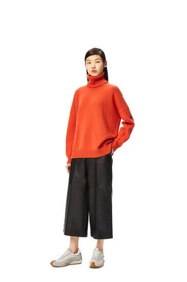 LOEWE Turtleneck sweater in cashmere Orange Blossom pdp_rd