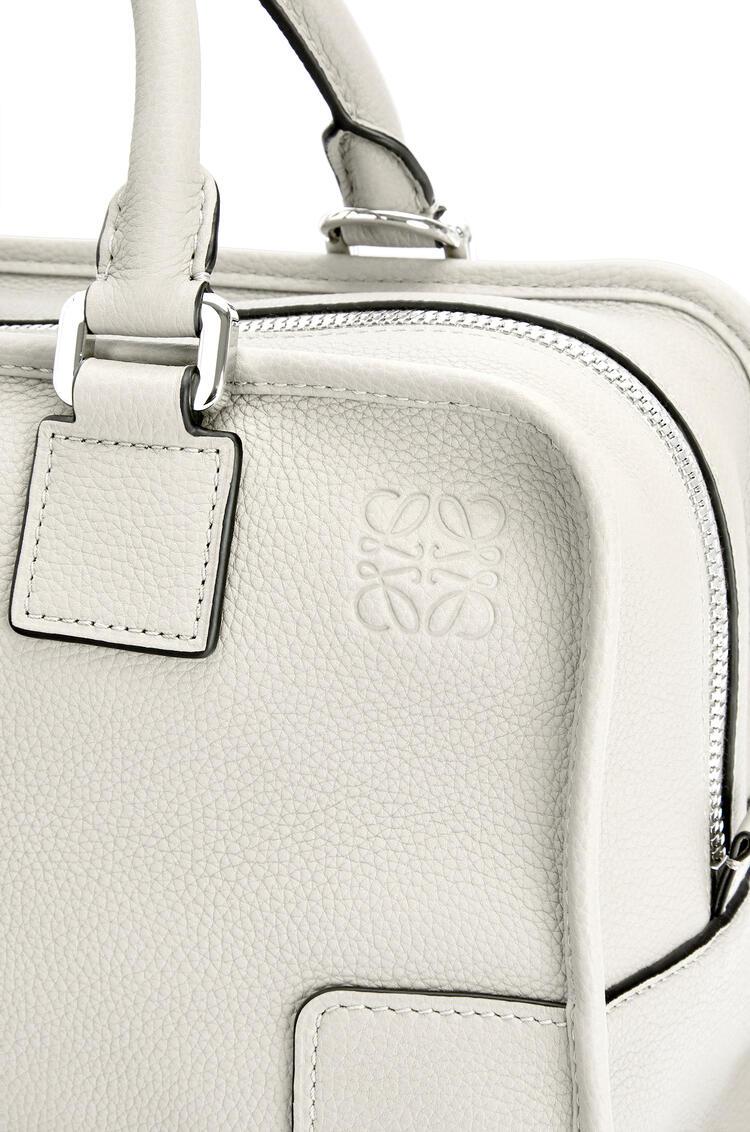 LOEWE Amazona 28 bag in soft grained calfskin Soft White pdp_rd