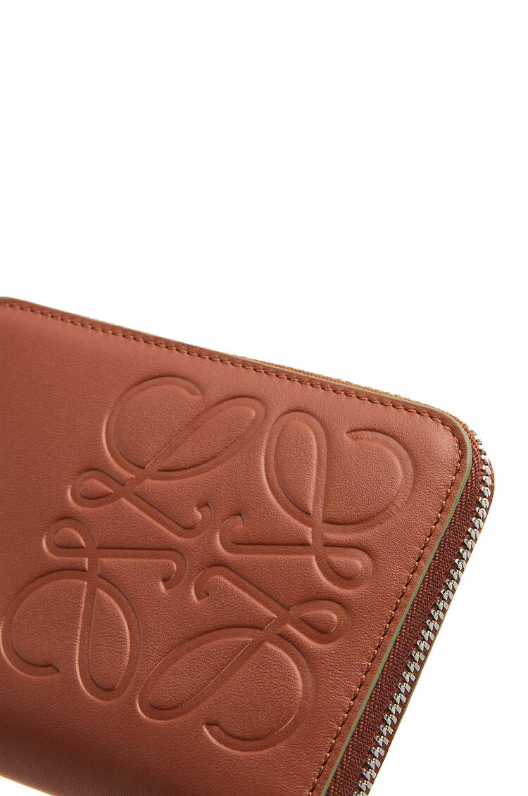 LOEWE 6 card zip wallet in smooth calfskin Cognac pdp_rd