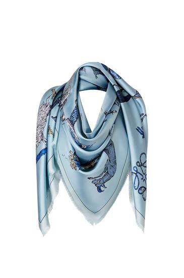 LOEWE Bufanda De 140 X 140 Cm En Seda Con Letras Azul Claro pdp_rd