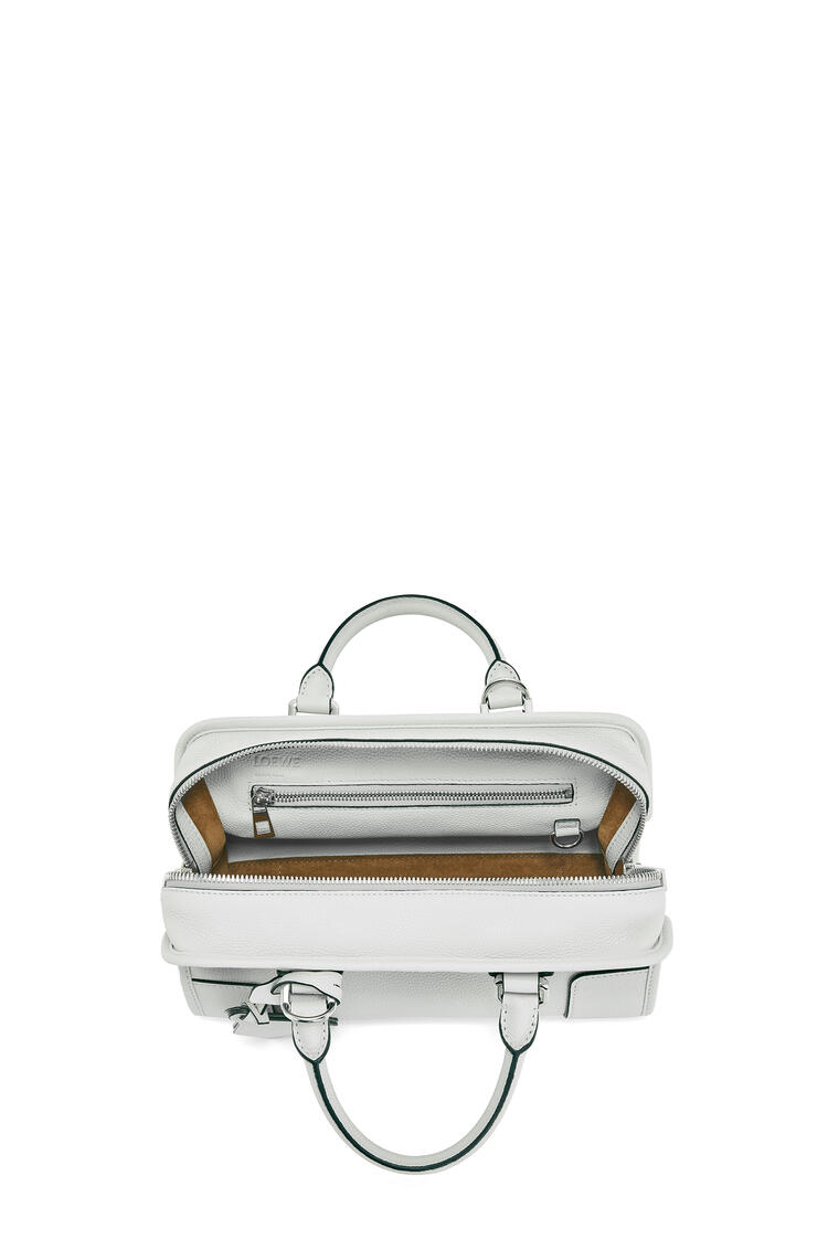 LOEWE Amazona 28 Bag In Soft Grained Calfskin Kaolin pdp_rd