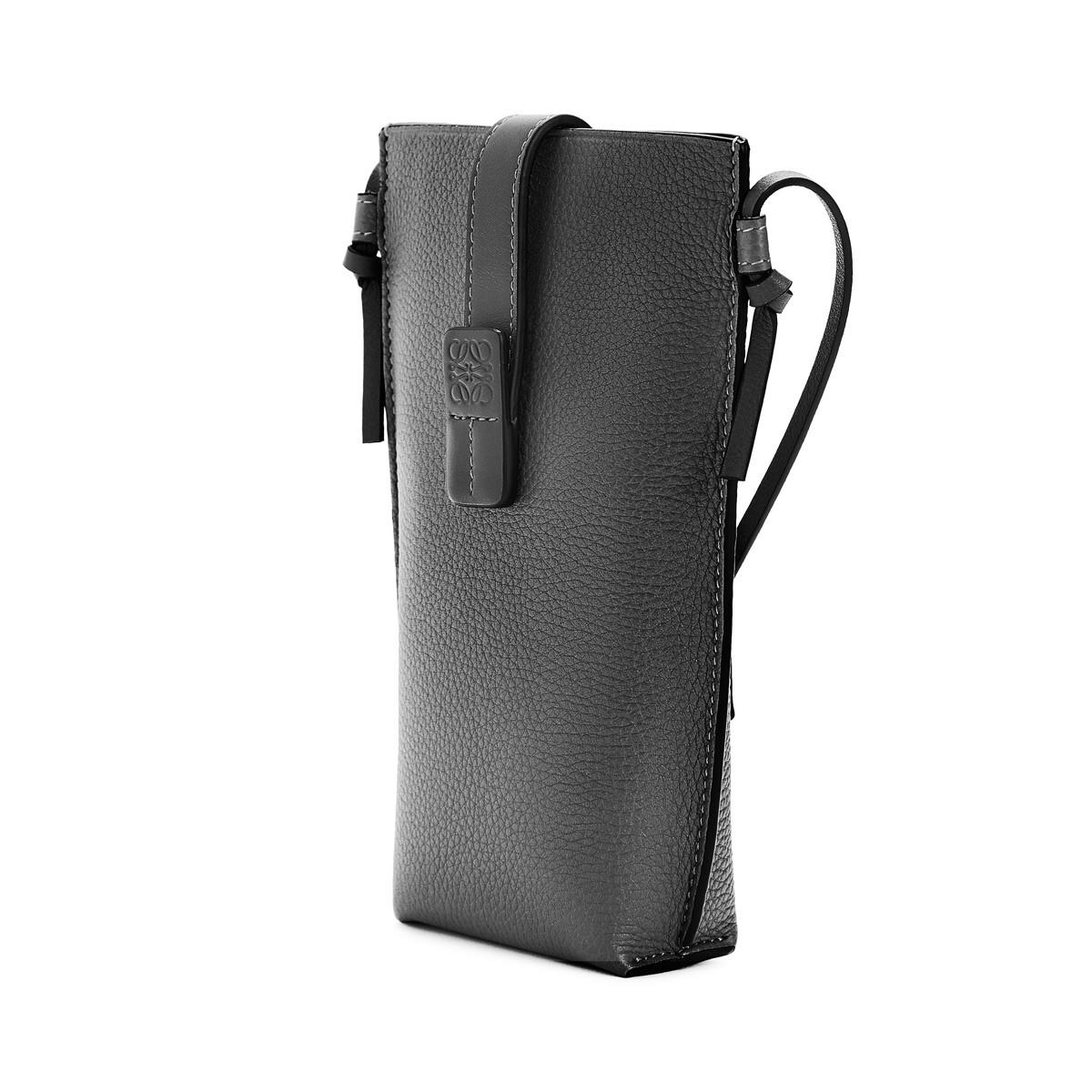 LOEWE Pocket Black front