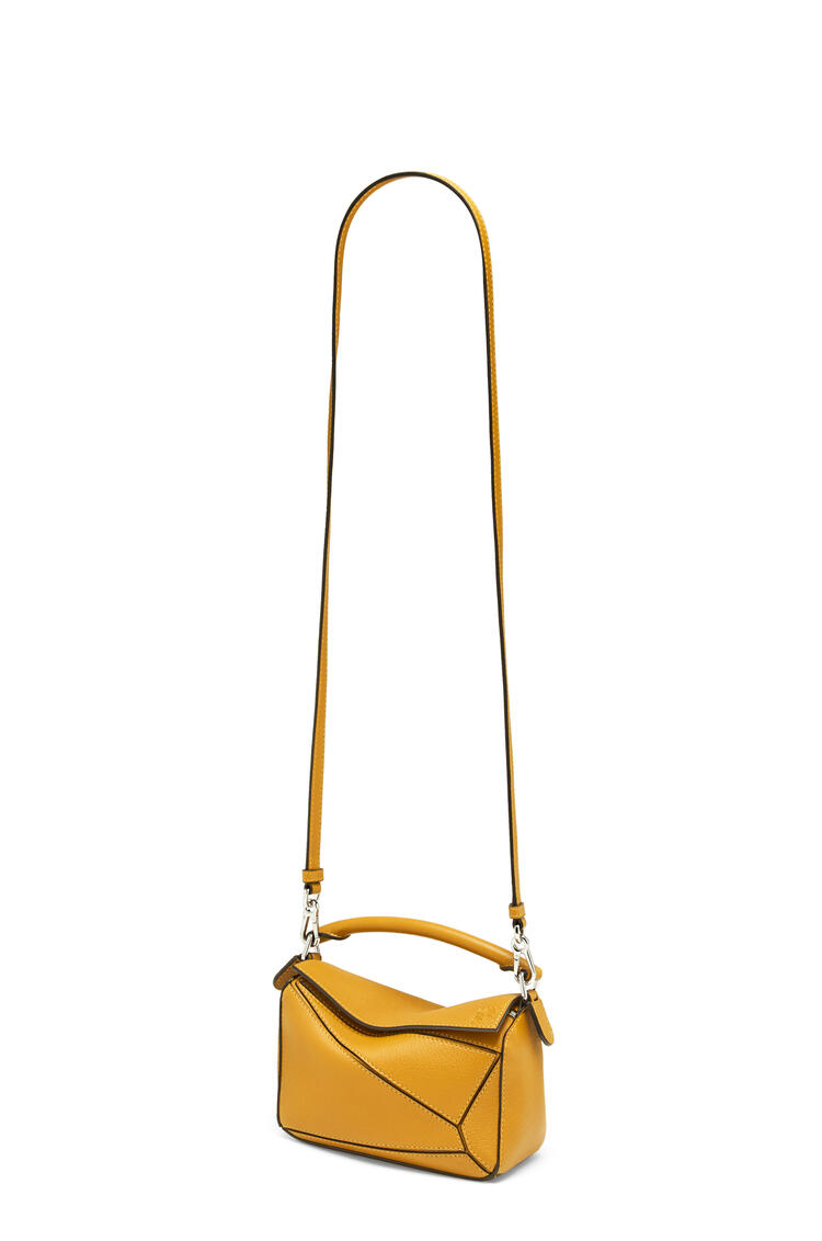 LOEWE パズルバッグ ミニ (クラシック カーフスキン) narcisus yellow pdp_rd