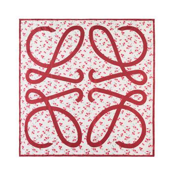 LOEWE 90X90 Flower Scarf Rojo front