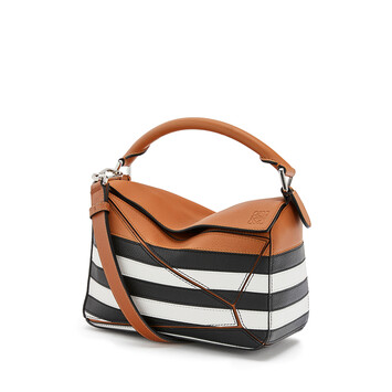 LOEWE Puzzle Marine Small Bag Black/White front