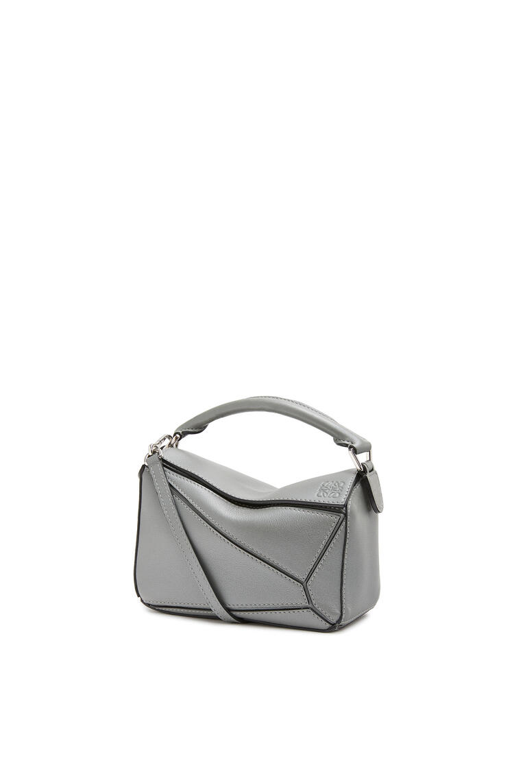 LOEWE Mini Puzzle bag in pearlized calfskin Gunmetal pdp_rd
