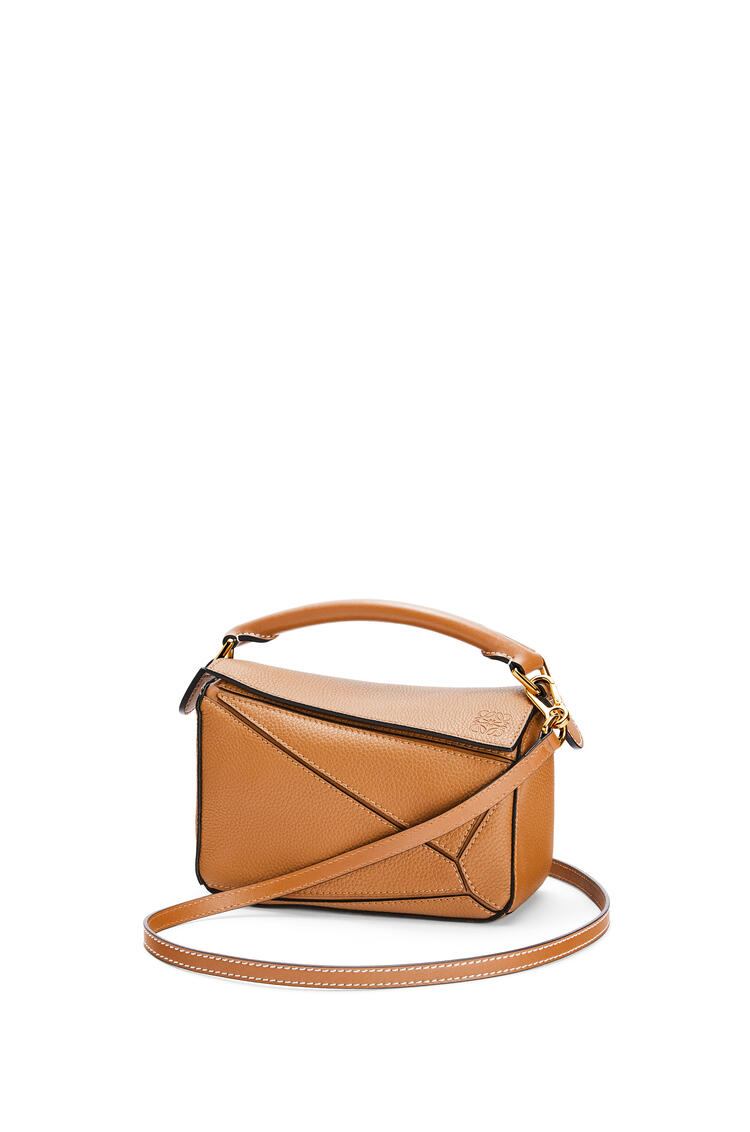 LOEWE Mini Puzzle bag in soft grained calfskin Light Caramel pdp_rd