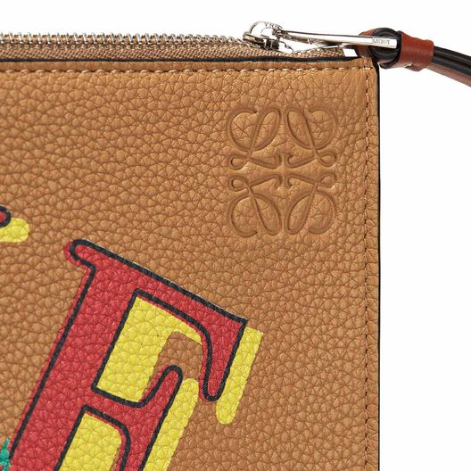 LOEWE Large Flat Pouch Lion Desert all