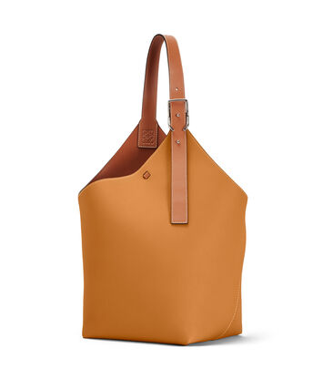 LOEWE Balloon Bag Light Caramel front