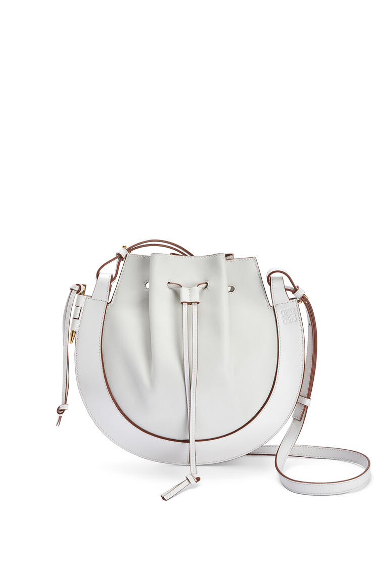 LOEWE Horseshoe bag in nappa calfskin Soft White pdp_rd