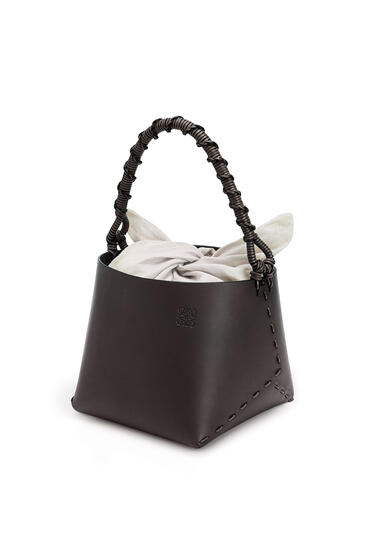 LOEWE Bucket square bag in calfskin Chestnut pdp_rd