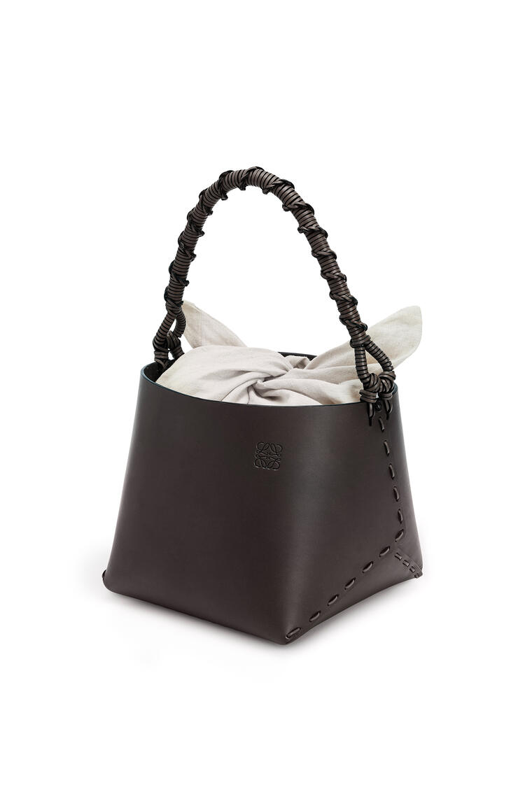 LOEWE バケット スクエア バッグ (カーフスキン) チェスナット pdp_rd
