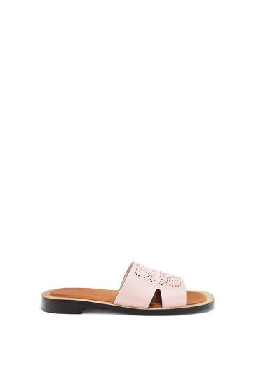 LOEWE Perforated Anagram mule in calfskin Light Pink pdp_rd