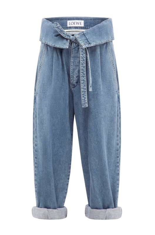 Belted Pleated Oversize Jeans