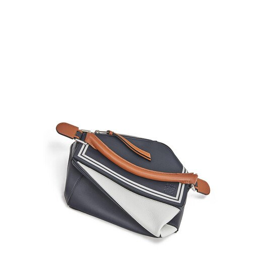 LOEWE 小号Puzzle水手包 Deep Blue/Soft White front