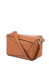 LOEWE XL Puzzle bag in grained calfskin Tan pdp_rd