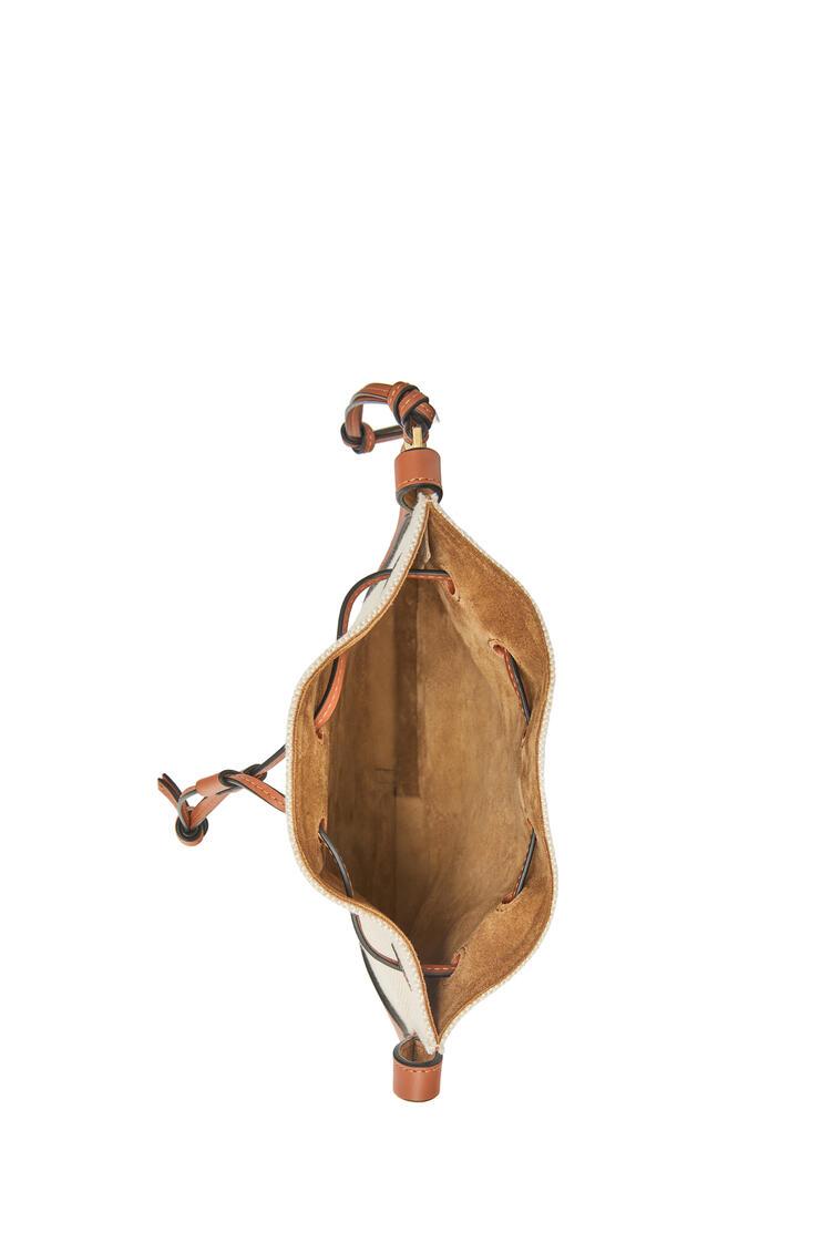 LOEWE 小号提花布和牛皮革 Horseshoe Anagram 手袋 ecru/tan pdp_rd