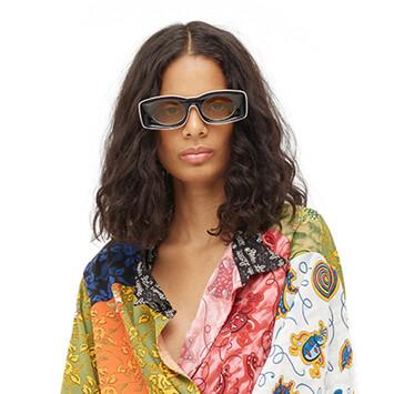 LOEWE Paula's Ibiza Original Sunglasses In Acetate 黑色/白色 front