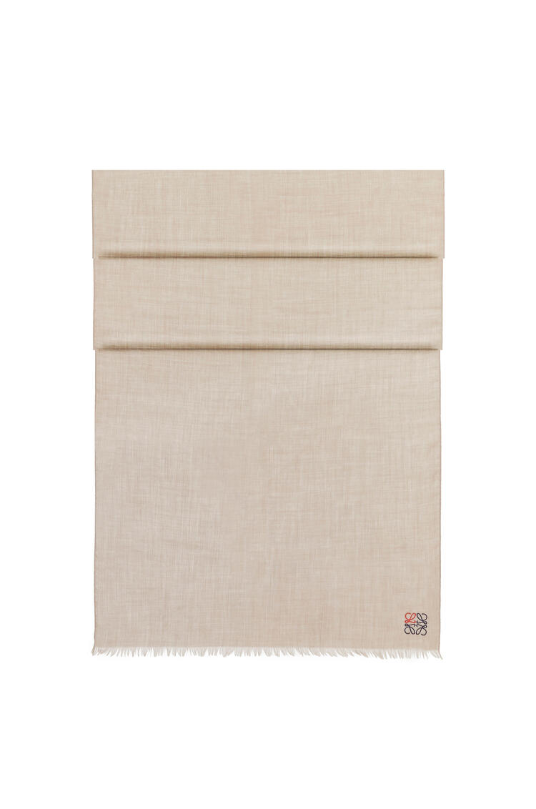 LOEWE Bufanda Anagrama de 70 x 200 cm en cashmere Beige pdp_rd