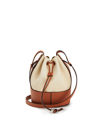LOEWE Balloon Small Bag Ecru/Tan front