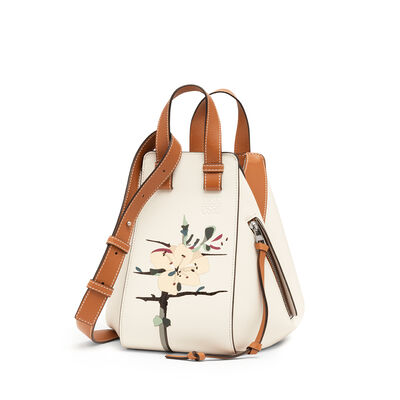 LOEWE Hammock Botanical Small Bag Soft White/Tan front