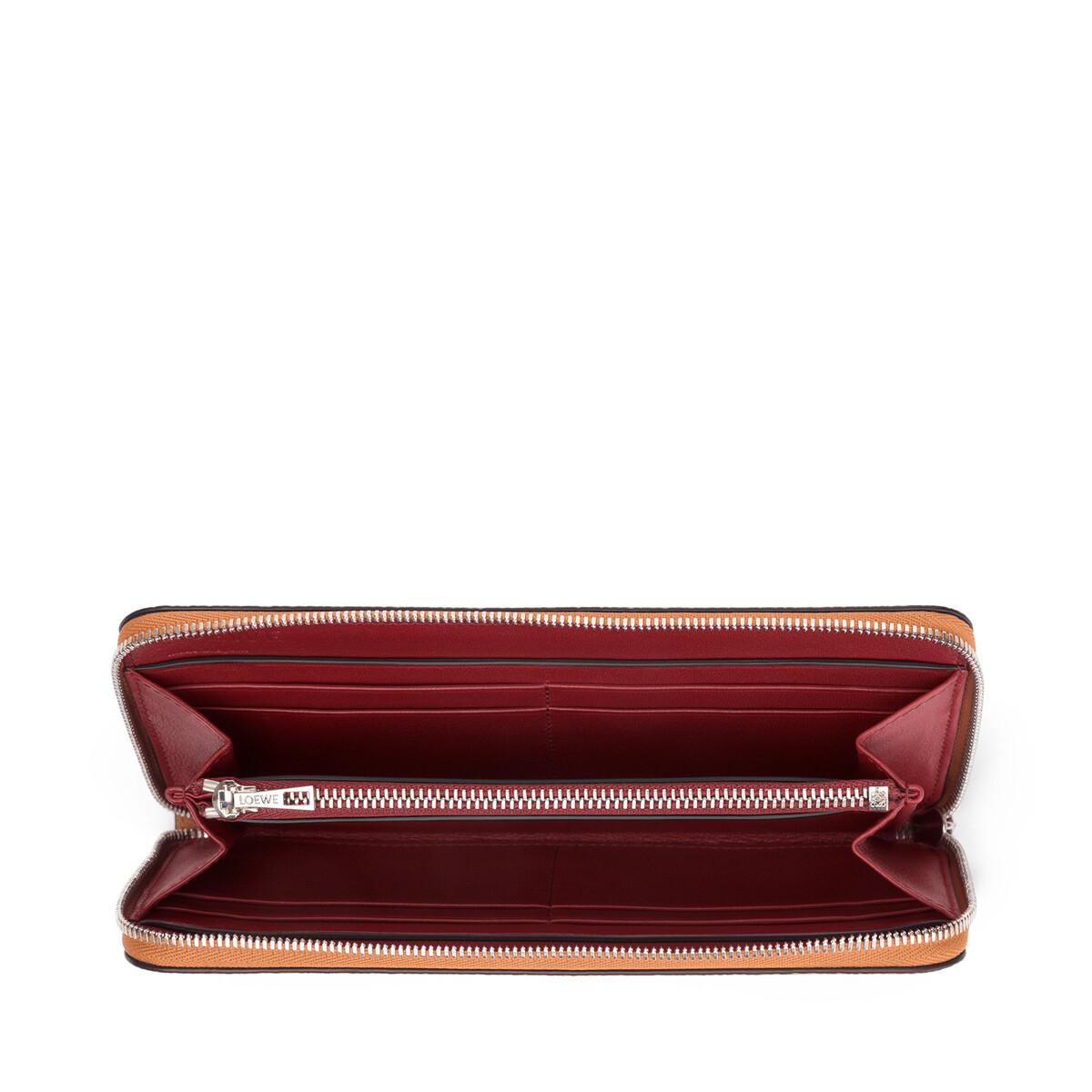 LOEWE Zip Around Wallet Light Caramel/Pecan Color  front