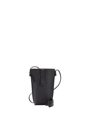 LOEWE Pocket in soft grained calfskin Black pdp_rd