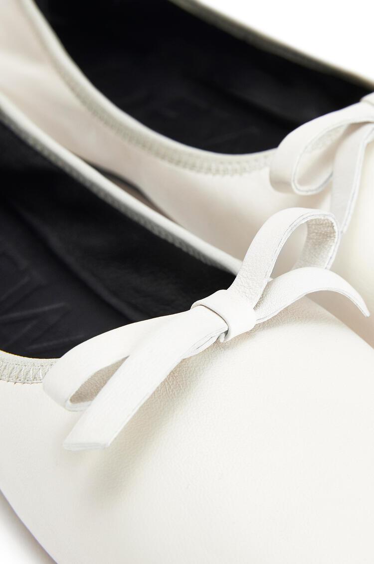 LOEWE Ballerina bow in lambskin Soft White pdp_rd