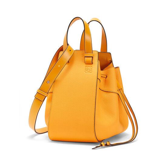 LOEWE Hammock Dw Medium Bag Mandarin front