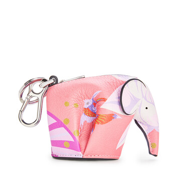 LOEWE Elephant Charm In Waterlily Classic Calfskin 粉紅 front