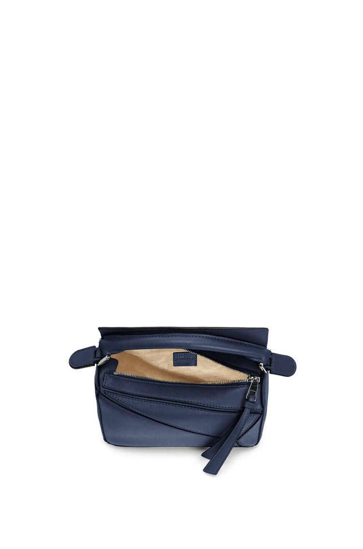 LOEWE Mini Puzzle bag in classic calfskin Ocean pdp_rd