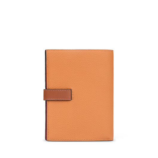 LOEWE Medium Vertical Wallet Light Caramel/Pecan Color  front