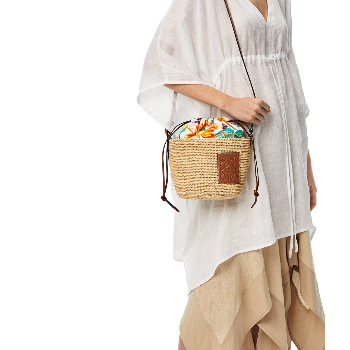 LOEWE Pochette Drawstring Bag In Raffia And Waterlily Canvas Natural/White front