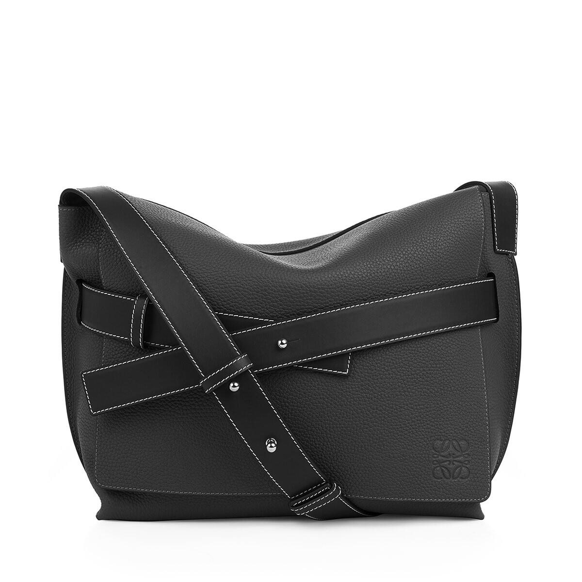 LOEWE Strap Messenger Small Bag 黑色 front