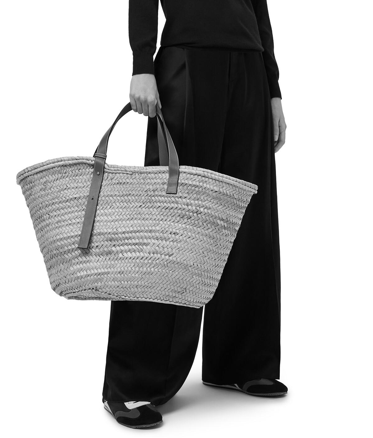 LOEWE 大号 Basket 包 Natural/White front