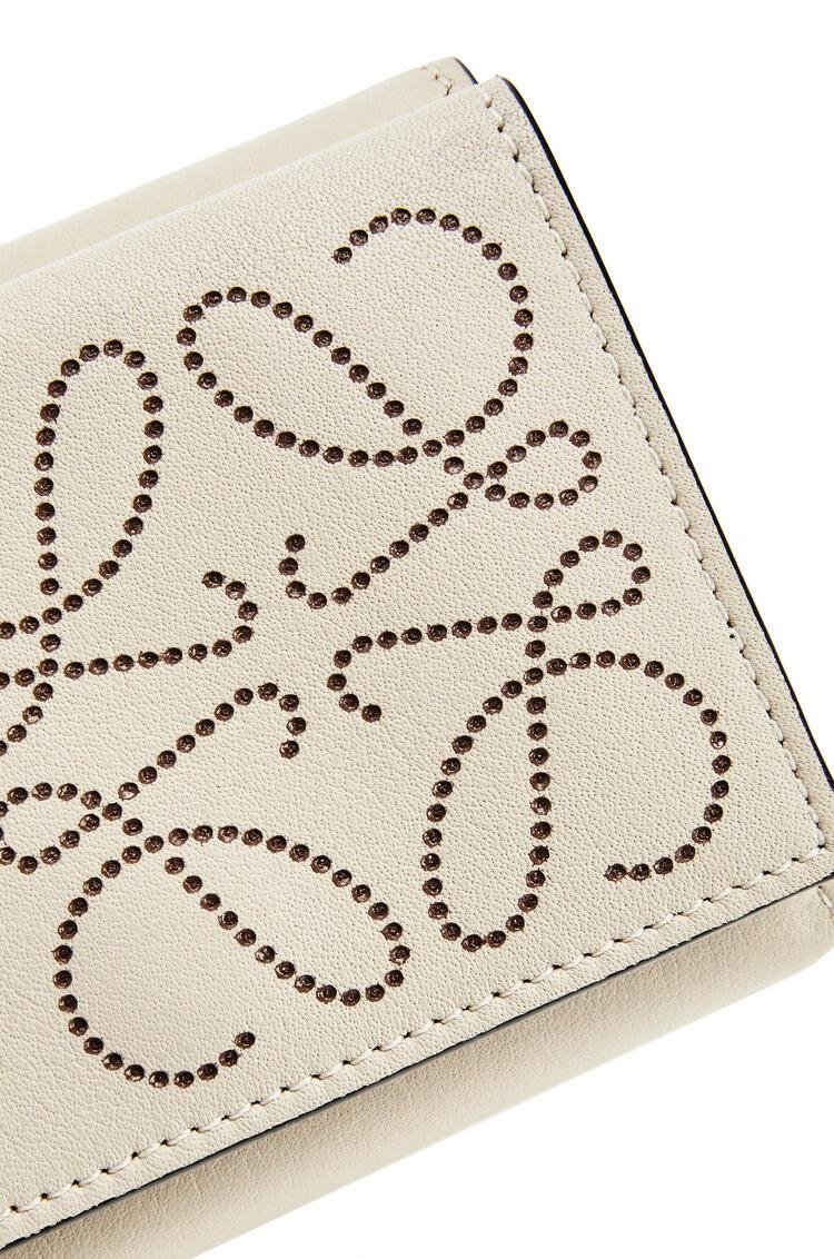 LOEWE Brand trifold 6 cardholder in calfskin Light Oat/Tan pdp_rd