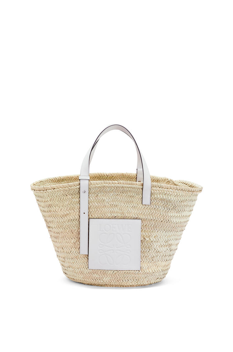 LOEWE Large Basket bag in palm leaf and calfskin Natural/White pdp_rd