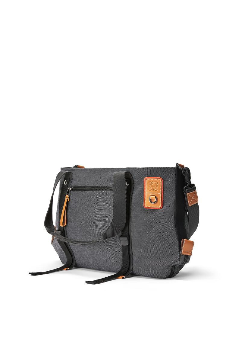 LOEWE Tote bag in canvas Black pdp_rd