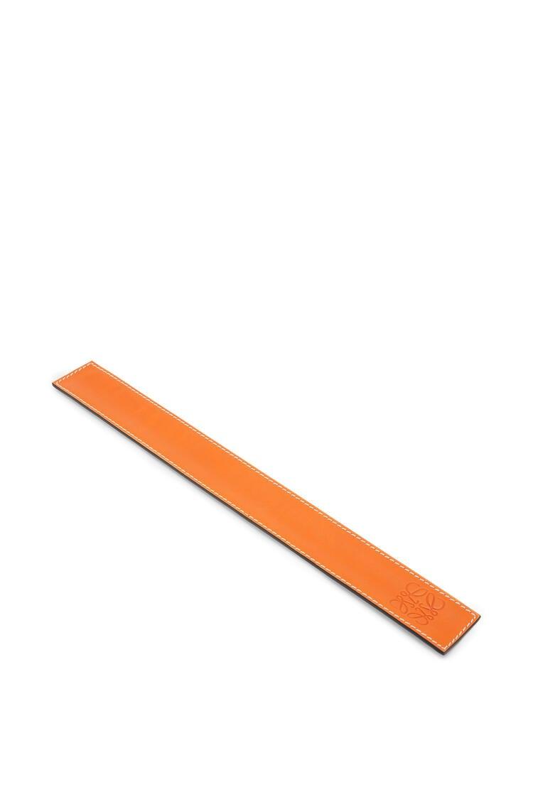 LOEWE Pulsera automática pequeña en piel de ternera Naranja pdp_rd
